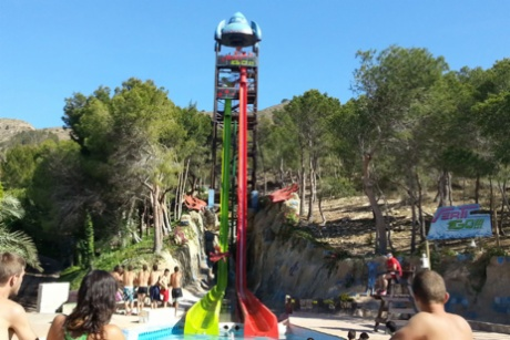 "Aqualandia opens the season, full of ""Verti-Go"""