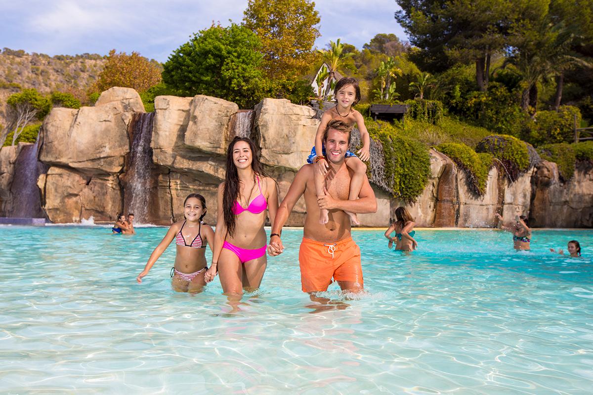 Disfruta de las tardes en Aqualandia al mejor precio